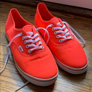 """Vans Classic """"Off the Wall"""" Sneakers"""